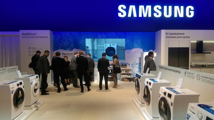 Samsung Electronics привезла в Барселону новинки этого года
