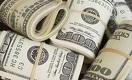 Что делать казахстанцам с долларами: покупать или продавать?