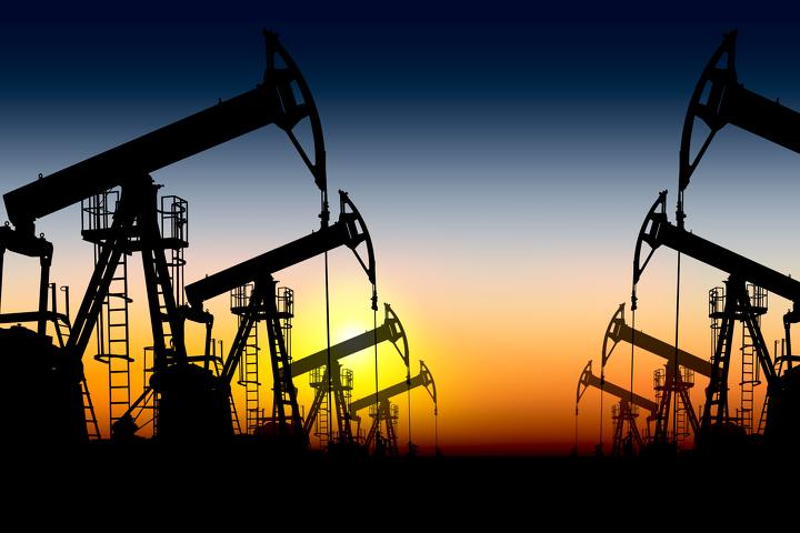 Добыча нефти вСША осенью подросла после 3-х месяцев падения— МЭА