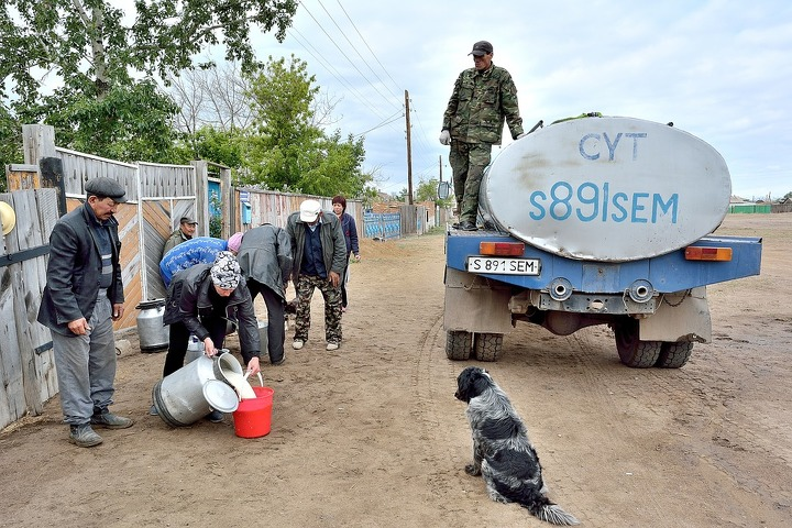 КомитетЖК поддержал предложение руководства отказаться отпомощи Казахстана в $100 млн
