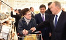 Назарбаев в Алматы сходил за покупками в новый супермаркет