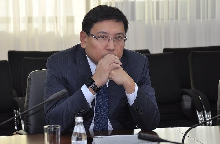 Президент освободил отдолжности вице-министра государственной экономикиРК