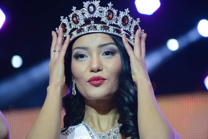 Айдай Исаева стала «Мисс Казахстан 2013» — Фоторепортаж — Forbes ...