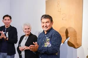 Выставка Ербосына Мельдибекова «24/7»: почему нельзя ее пропустить?