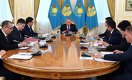 Назарбаев поручил решить проблемы заемщиков