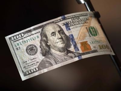 Йеллен видит угрозу рецессии экономики США при затягивании сповышением ставки ФРС