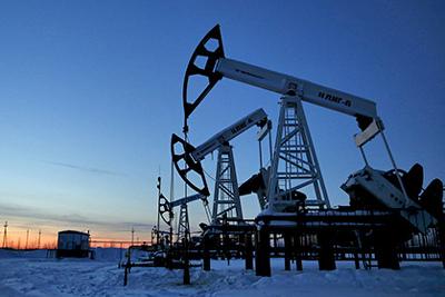 После победы Трампа нефть продолжила падать вцене
