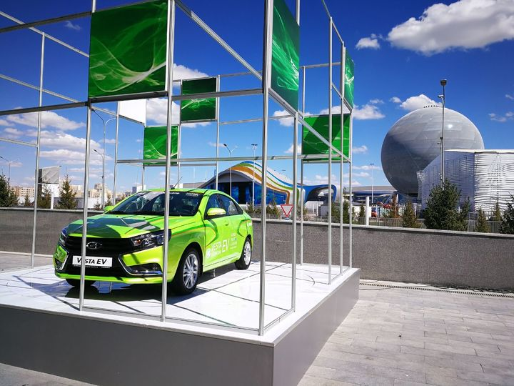 «Азия Авто» представил электрическую Лада Vesta